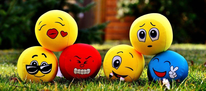 Как влияют на общение эмоциональные состояния людей