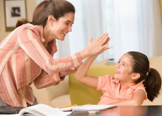 Неумный, астарательный! как правильно хвалить ребенка?