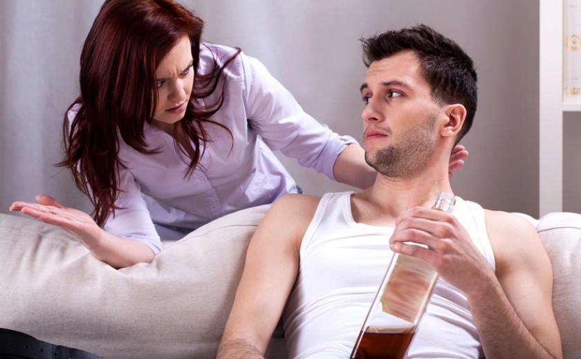 Можно ли разрешать мужу выпивать, если он спрашивает разрешения у жены?