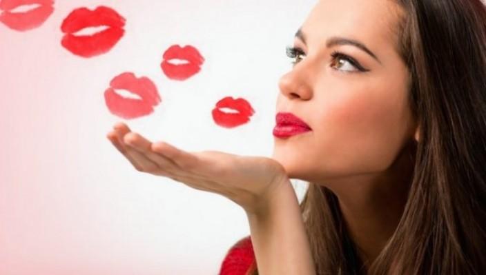 Как женщине или девушке развить любовь к себе
