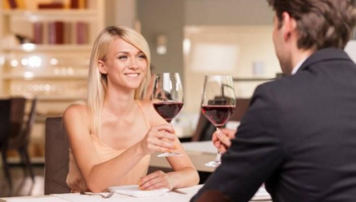 Как девушке вести себя на первом свидании