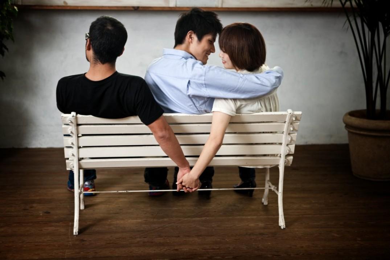 Почему жены любят изменять?