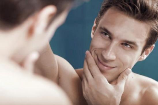 Мужское самолюбование: психологическое объяснение