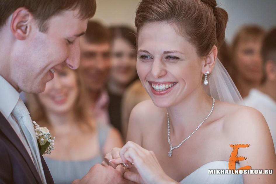Фотосъемка во время церемонии бракосочетания