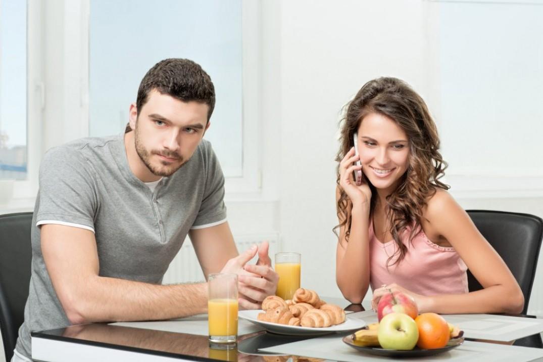 Вклад женщины в потерю уважения к ней мужа