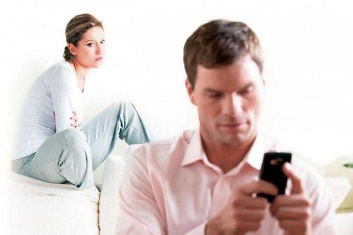 Признаки того, что у мужа появилась любовница, и он готов бросить семью