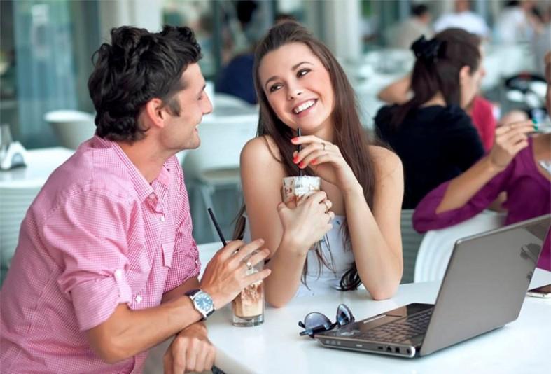 важных правил о том, как себя вести, сидя в кафе