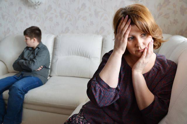 Ребенок хамит родителям - советы психологов, консультации
