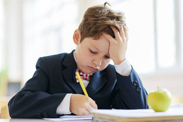 Как распознать у ребенка дисграфию и какие методы коррекции патологии существуют?