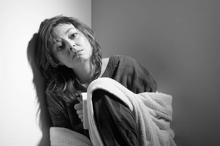 10 причин эмоциональной отстраненности мужчины