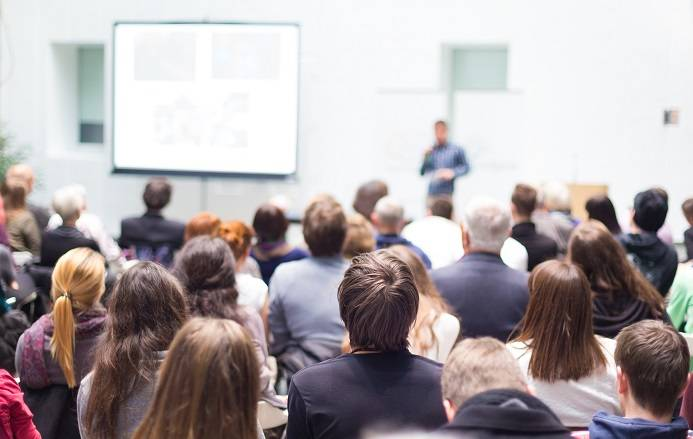 Перечень психологических тренингов, психологических семинаров, психотерапевтических групп | психоаналитик и психоанализ