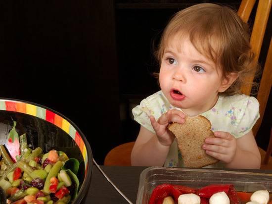 Как бороться с жадностью у ребенка