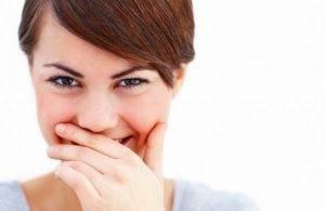 Как побороть застенчивость: советы психологов