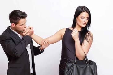 9 вещей в отношениях, которые делает сильная женщина