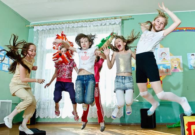 Гиперактивный ребенок в детском саду: 8 советов для родителей и воспитателей. во что играть с гиперактивным ребенком