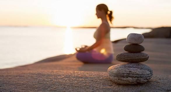 Что делать с отвлекающими мыслями во время медитации?