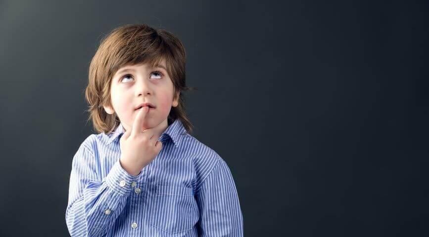 Что такое инфантильность: признаки незрелого человека, психология