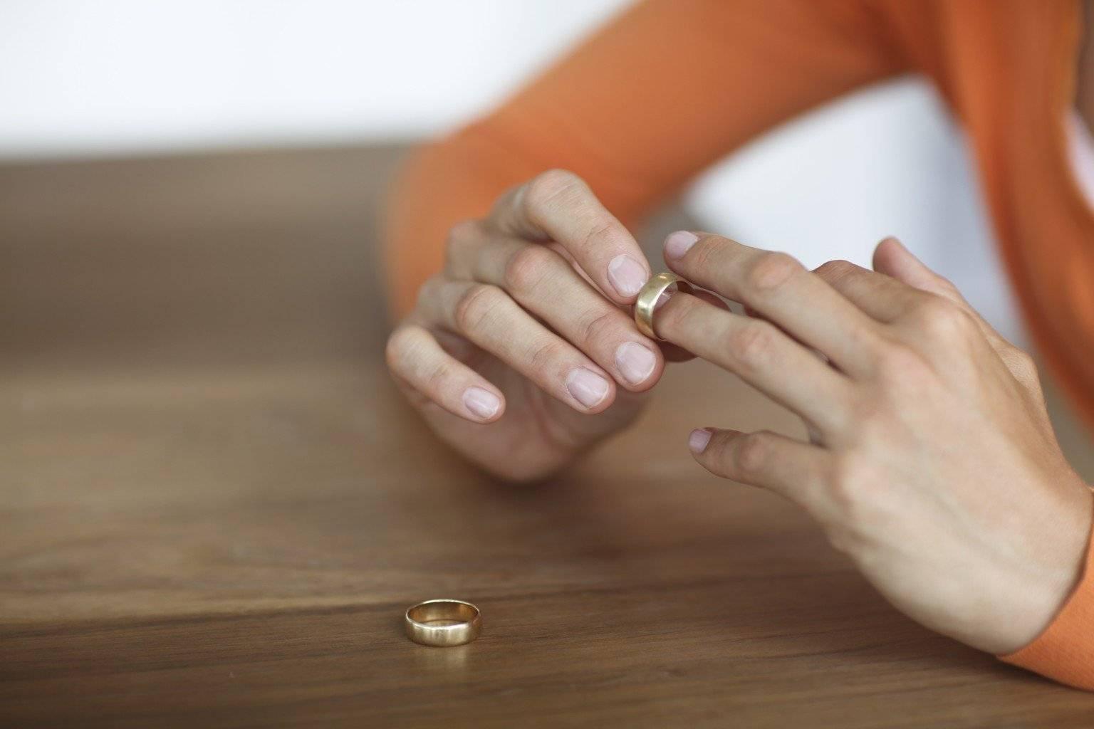 Как объяснить ребенку развод родителей: 7 правил как рассказать о разводе