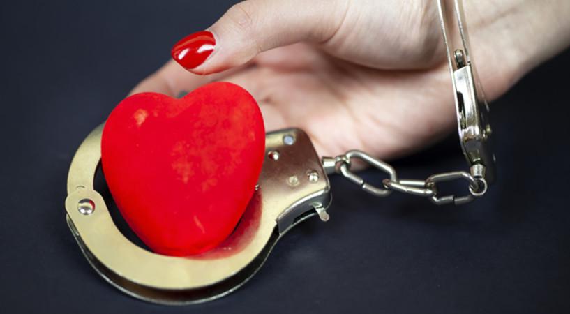 Что сильнее любовь или привязанность?