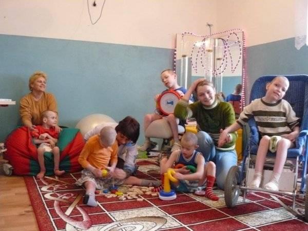 Полезная и вредная помощь детям-сиротам - сайт помощи психологам и студентам