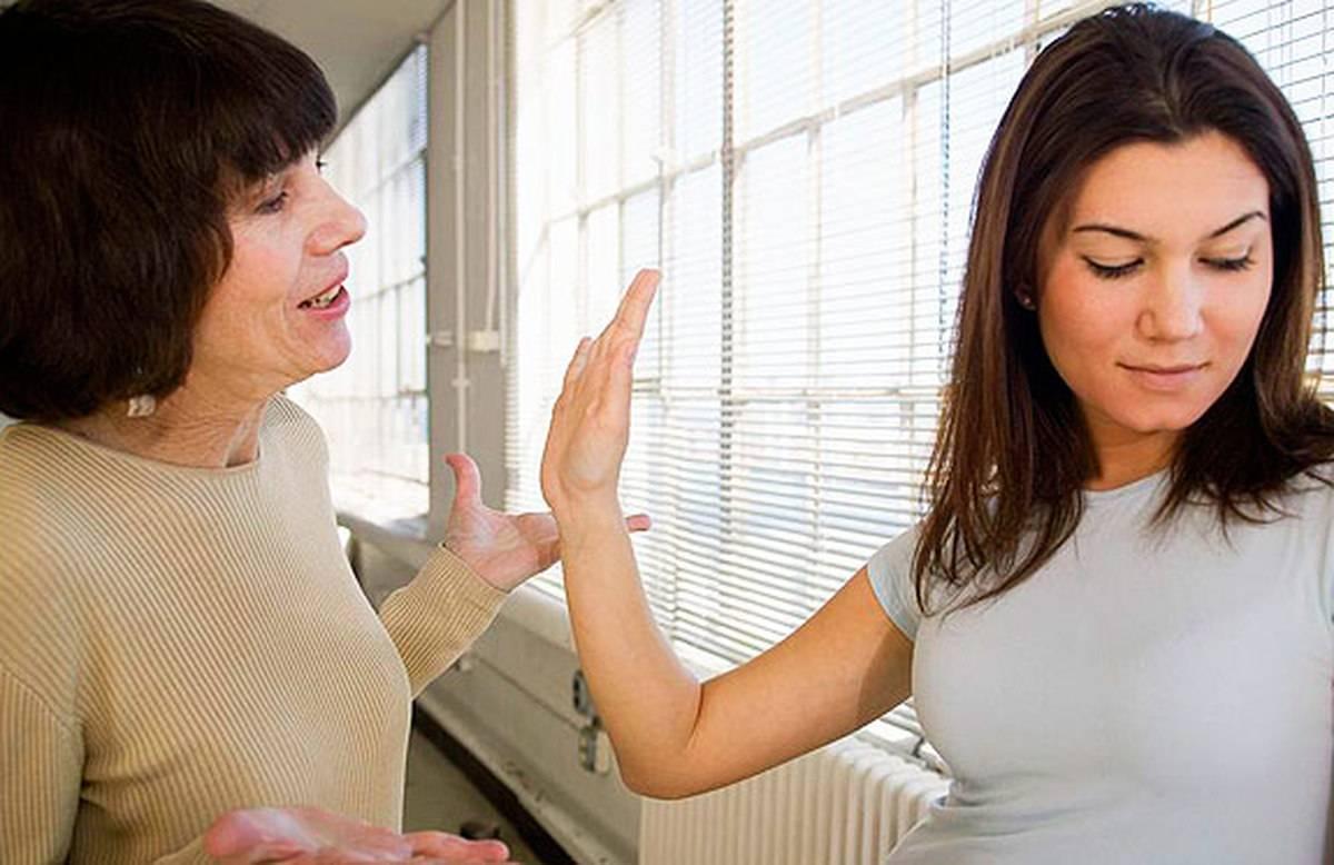 Игнорирование в отношениях: откуда оно и что с этим делать?