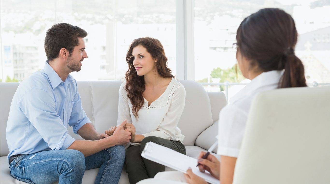 Семейная психотерапия - ее цели, методы в восстановлении семьи